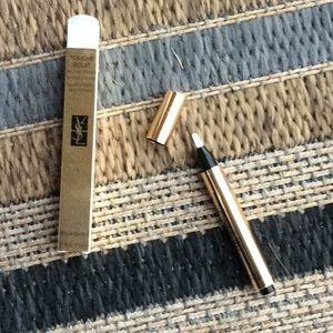 Yves Saint Laurent Makeup - Yves Saint Laurent Touché Eclat brightening pen
